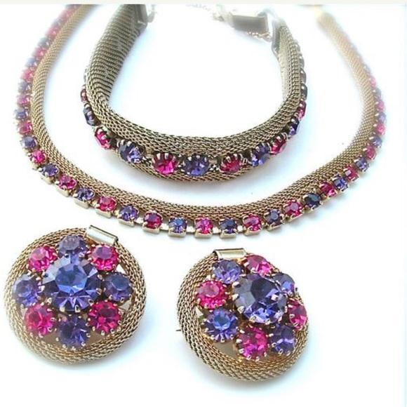 Vintage Jewelry - WEISS Necklace Set Rhinestones Gold Mesh